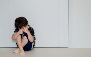 Ребенка избили в школе, что делать родителям?